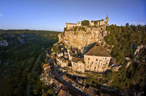Dès le XIIe siècle, Rocamadour bénéficiait d'une renommée européenne.