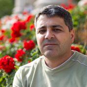Frère Hilal, négociateur d'otages à Homs