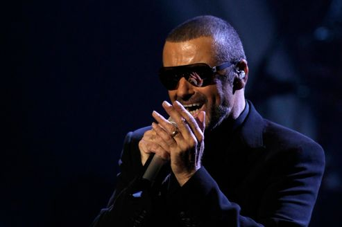 George Michael en concert à Paris pour Sidaction