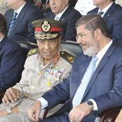 Les juges égyptiens pris en tenaille