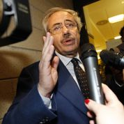 La Sicile au bord de la faillite inquiète Monti