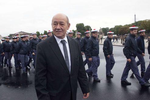 Paris tente de relancer «l'Europe de la Défense»