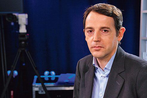 «L'effet PSA joue sur la popularité» de Hollande