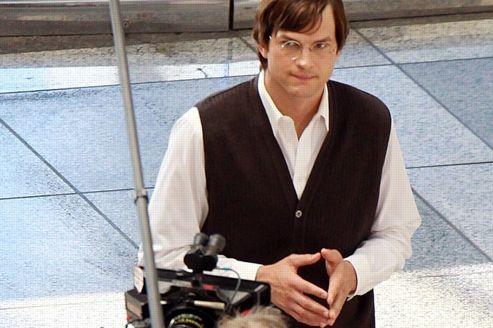 Ashton Kutcher dans la peau de Steve Jobs