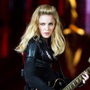 Madonna s'explique sur la croix gammée