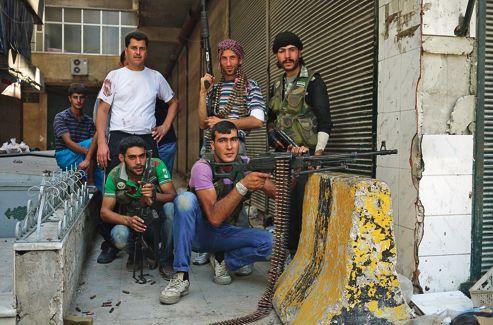 Des volontaires de l'Armée syrienne libre.