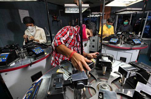 Ateliers de la société Rozy Blue à Bombay.