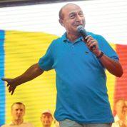 Le président roumain en difficulté