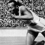 Jesse Owen, quadruple médaillé d'or aux JO de 1936. Crédits photo: Capture d'écran.