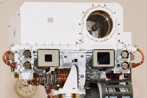 La ChemCam (Chemical Camera), capable d'analyser jusqu'à une distance de 9 mètres <br/>les roches environnantes, a été mise au point à Toulouse.