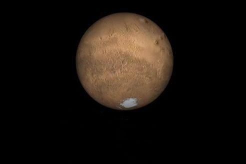 Il y a un an : de l'eau liquide sur Mars ?