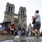 Paris : la difficile gestion des touristes