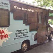 Un test de paternité dans un van à New York