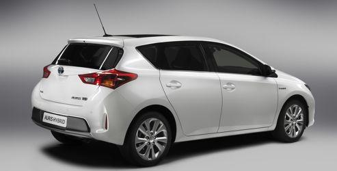 La nouvelle carrosserie est plus longue de 30 mm et plus basse de 55 mm.