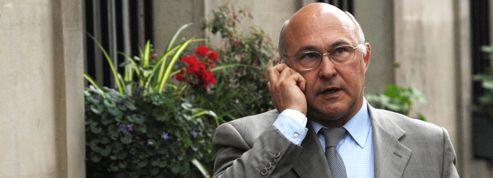 Appels aux services publics : Sapin relance un vieux débat