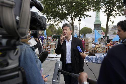 Jean-Luc Mélenchon, mercredi matin, place de la Bastille, à Paris.