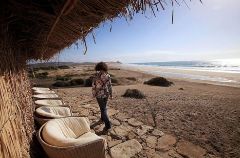 À Rada, au sud d'Asilah, le restaurant Chez Mounir sert une excellente cuisine familiale marocaine dans un décor de bout du monde.