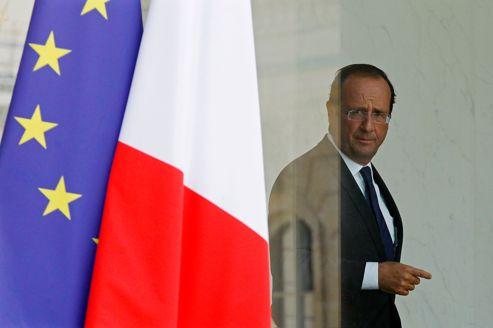 Hollande prend acte de l'absence d'état de grâce