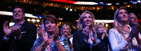 À Tampa, le soir venu, les lobbyistes s'activent