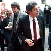 Premiers rendez-vous d'Hollande avec la rue