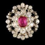 Broche en rubis et diamant de l'impératrice Eugénie.