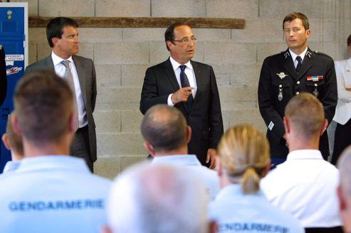 François Hollande et Manuel Valls lors d'un déplacement dans le Var