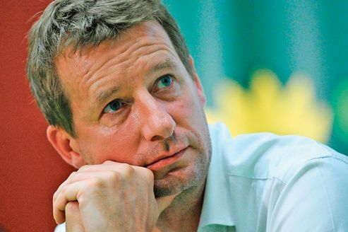 Yannick Jadot: «Nous verrons quelles sont les réelles intentions du gouvernement» lors de la conférence environnementale.