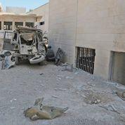Une bombe frappe des bâtiments à Damas