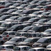 Les ventes de voitures continuent à chuter