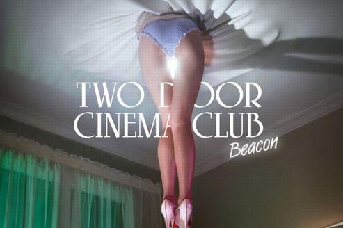 Two Door Cinema Club sur la route