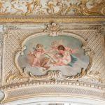 Fresques et moulures pour décor