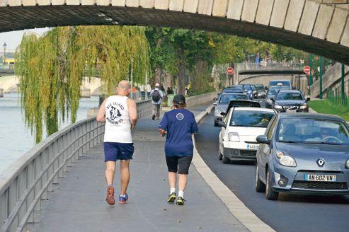 Paris: les conducteurs veulent garder les voies sur berges