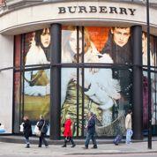 Burberry dévisse et fait craindre pour le luxe