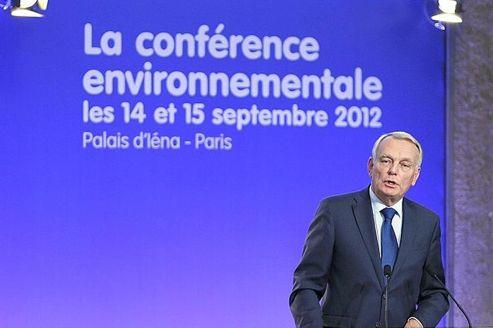Environnement : Ayrault annonce des mesures fiscales