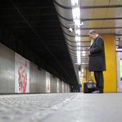 Les endormis du métro pris pour cible