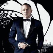 Skyfall affiche un James Bond so british