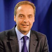 UE : Ayrault tente de séduire les borlooïstes