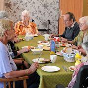 Alzheimer: le village où les malades ont la paix