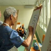Alzheimer : mieux soigner le moral