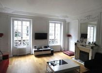 <strong>VIe, Luxembourg </strong>- immeuble Directoire. Double réception, 3 chambre, 114 m². <strong>Vendu 1.700.000€</strong>