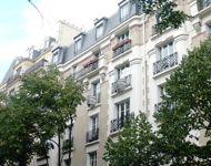 <strong>XVe, Convention</strong> - 4 pièces, 91m², 4e étage. <strong>Vendu 840.000€</strong>