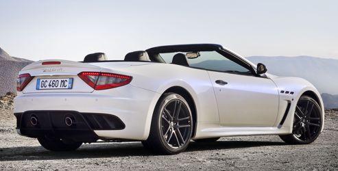 Ce nouveau cabriolet est capable d'atteindre 289 km/h en vitesse de pointe et de passer de 0 à 100 km/h en 4,9 secondes.
