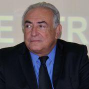 Que vient faire DSK en Grèce?