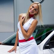 Mondial de l'automobile 2012: les hôtesses