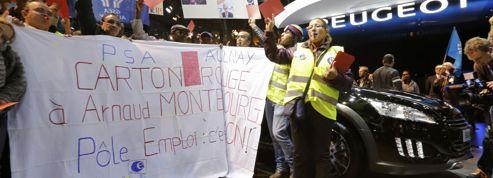 Des salariés de PSA raillent Montebourg, «l'improductif»