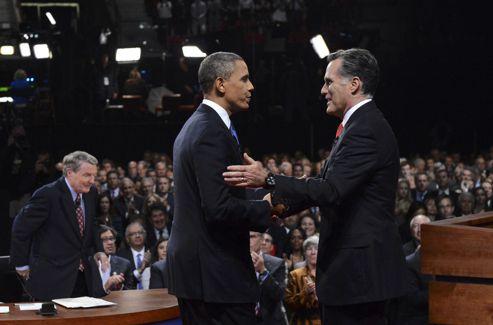 Les deux hommes à l'issue du débat.