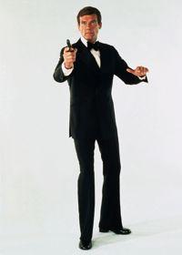 Roger Moore dans  Vivre et laisser mourir .