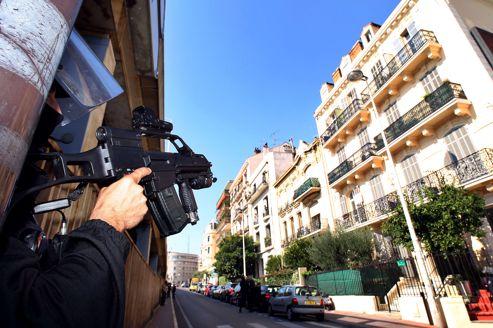 Un immeuble de Cannes où une interpellation a été menée.
