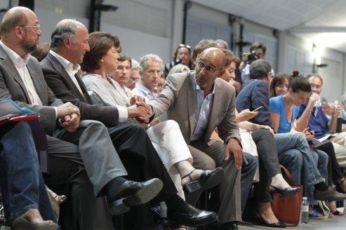 Laurent Fabius, Martine Aubry et Harlem Désir lors des universités du PS à La Rochelle, en août.