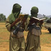 Hollande exclut une intervention au Mali
